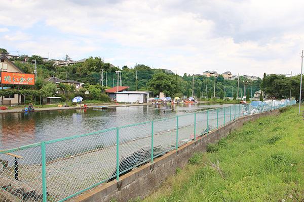秋川フィッシングセンター秋川の遊歩道から写真