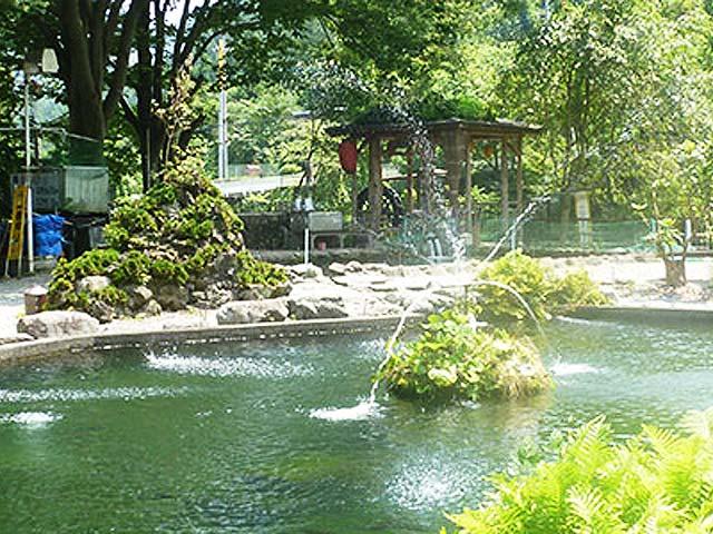 鮎川魚苑画像