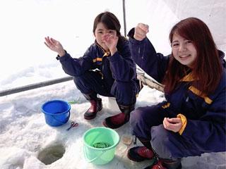 東大沼キャンプ場ワカサギ釣り場写真