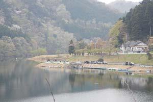 東古屋湖わかさぎ写真