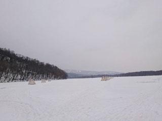 じゅんさい沼ワカサギ釣り場テント釣り写真