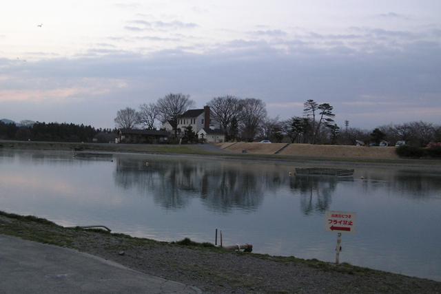 加賀フィッシングエリア早朝の2号池写真