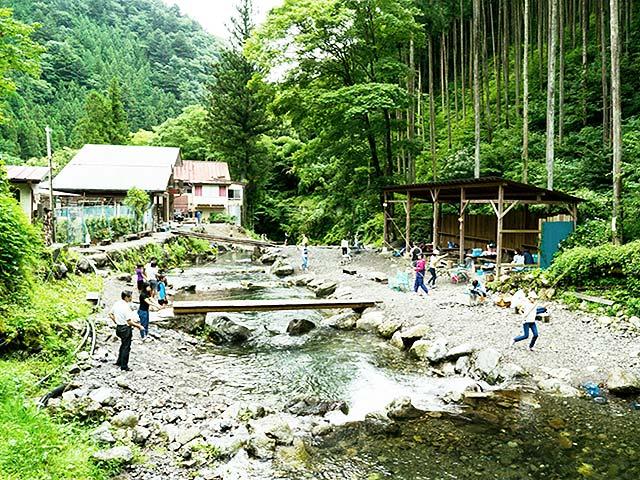 神戸国際ます釣り場画像