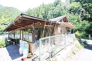 神川町矢納フィッシングパーク管理棟(トイレあり)写真