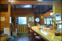 小菅トラウトガーデンクラブハウス内写真