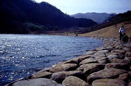 松川湖・松川湖上流地区漁協HPより写真