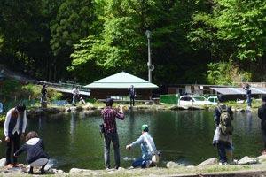 奈良子釣りセンターならご池写真