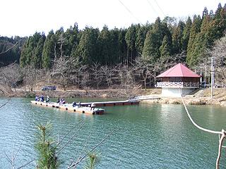 桜が池・わかさぎ釣場画像