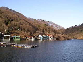 円良田湖画像