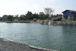 フィッシングスペース爆釣クリアな池写真