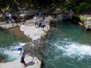 木郷滝自然つりセンター画像