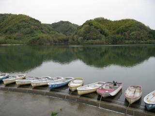 桜池管理釣場バス画像